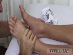 Feet twink gay movie boy Tommy Gets