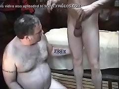 Big bear getting face fucked - GayCamz.xyz