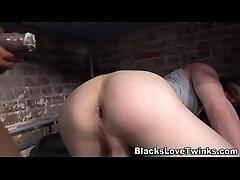 Black inmate fucks twink
