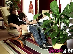 Lusty twink friends Ricco Luna and Mario Luna fucking raw